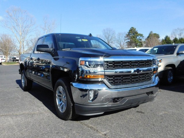 2017 Silverado 1500 Double Cab 4x4, Pickup #T104394 - photo 4