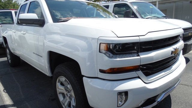 2018 Silverado 1500 Extended Cab 4x4 Pickup #T117446 - photo 3