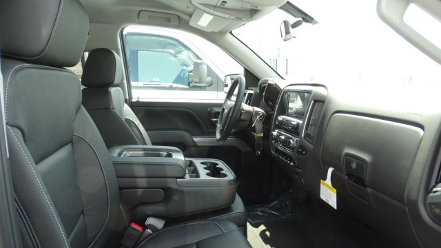 2018 Silverado 1500 Extended Cab 4x4 Pickup #T117446 - photo 32
