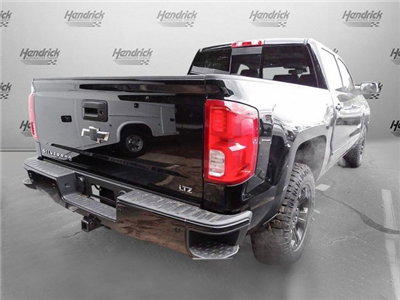 2018 Silverado 1500 Crew Cab 4x4, Pickup #T123826 - photo 2