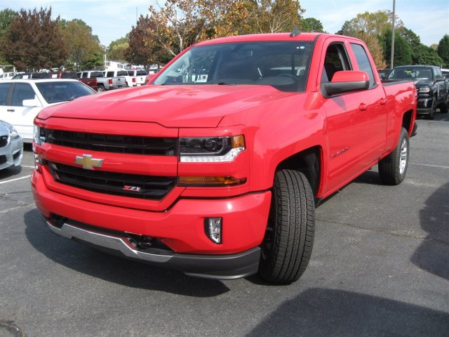 2017 Silverado 1500 Double Cab 4x4 Pickup #T135316 - photo 4