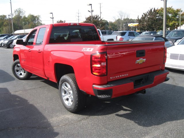 2017 Silverado 1500 Double Cab 4x4 Pickup #T135316 - photo 2