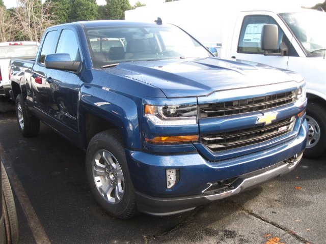 2017 Silverado 1500 Double Cab 4x4, Pickup #T137660 - photo 3