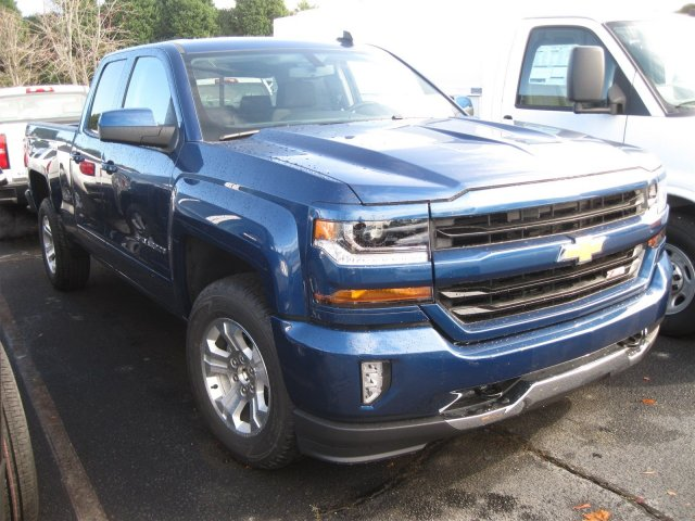 2017 Silverado 1500 Double Cab 4x4, Pickup #T137660 - photo 8