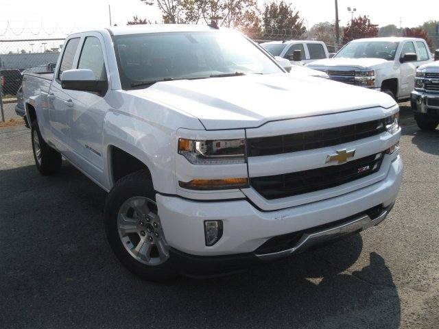 2017 Silverado 1500 Double Cab 4x4 Pickup #T138956 - photo 4