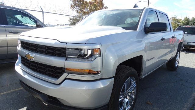 2018 Silverado 1500 Crew Cab 4x4, Pickup #T174855 - photo 8