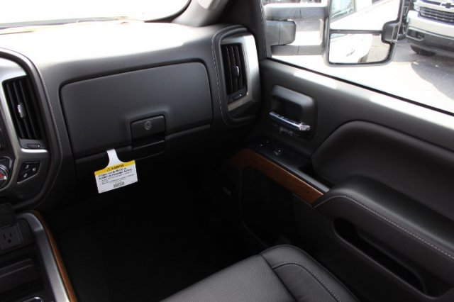 2019 Silverado 3500 Crew Cab 4x4,  Pickup #T176311 - photo 7