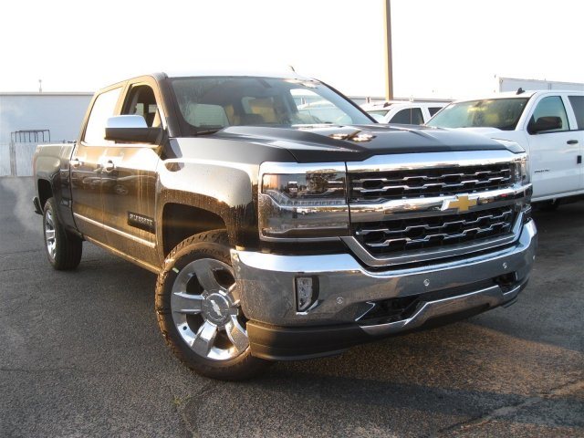 2017 Silverado 1500 Crew Cab 4x4, Pickup #T177178 - photo 3
