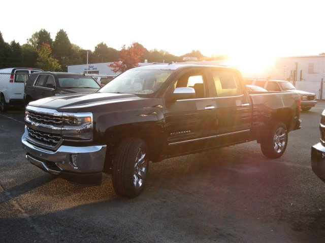 2017 Silverado 1500 Crew Cab 4x4, Pickup #T177178 - photo 7