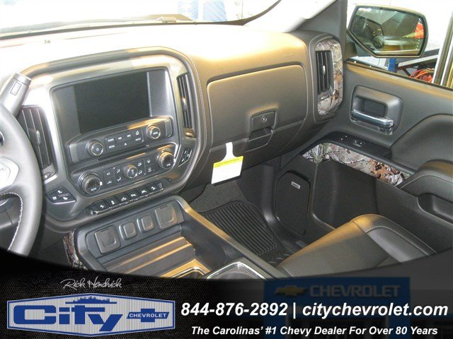2017 Silverado 1500 Crew Cab 4x4, Pickup #T184578 - photo 25