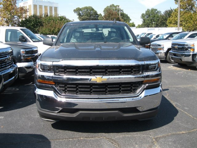 2017 Silverado 1500 Crew Cab, Pickup #T188092 - photo 4