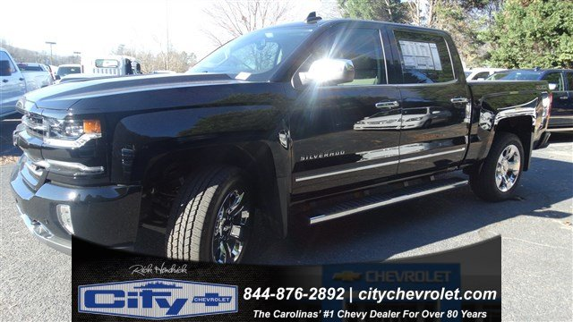 2017 Silverado 1500 Crew Cab 4x4, Pickup #T208329 - photo 8