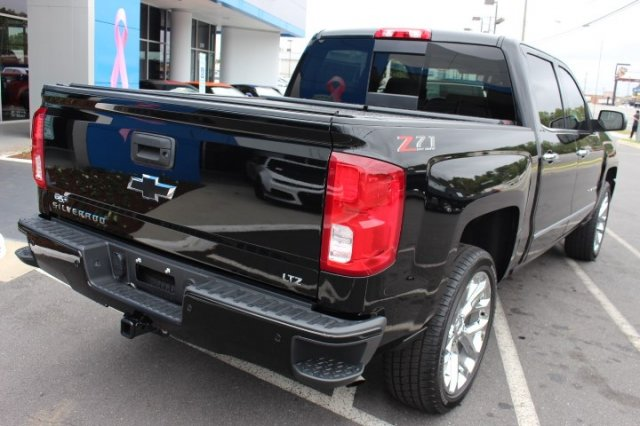 2018 Silverado 1500 Crew Cab 4x4,  Pickup #T214711 - photo 8
