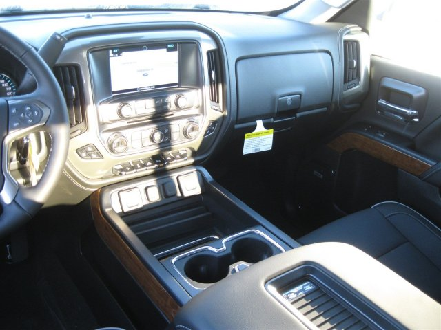 2017 Silverado 1500 Crew Cab 4x4, Pickup #T232741 - photo 30