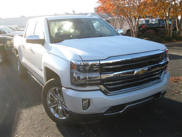2017 Silverado 1500 Crew Cab 4x4, Pickup #T232741 - photo 6