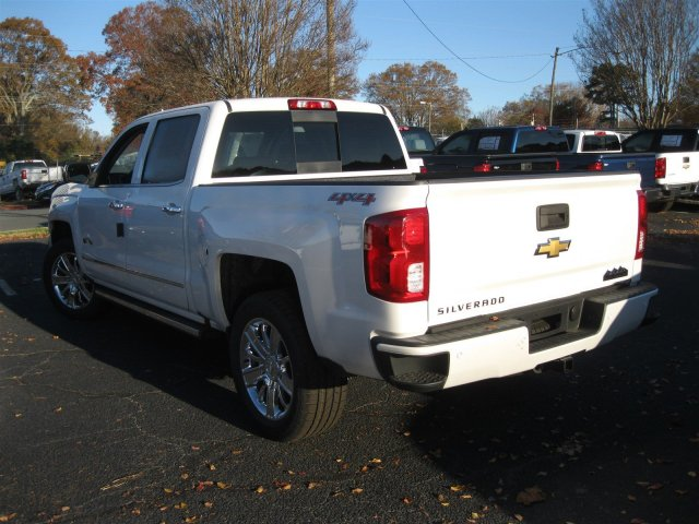 2017 Silverado 1500 Crew Cab 4x4, Pickup #T232741 - photo 2