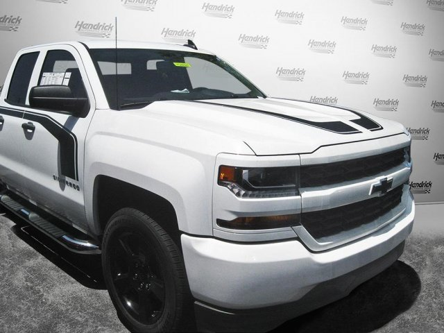 2017 Silverado 1500 Double Cab 4x4 Pickup #T282265 - photo 3