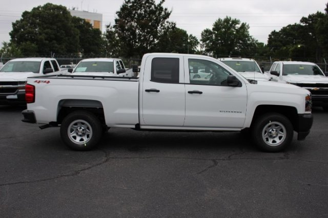 2018 Silverado 1500 Double Cab 4x4,  Pickup #T357079 - photo 5