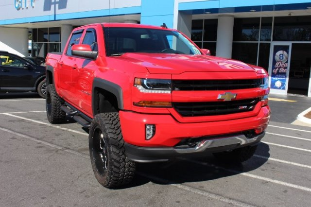 2018 Silverado 1500 Crew Cab 4x4,  Pickup #T429910 - photo 3