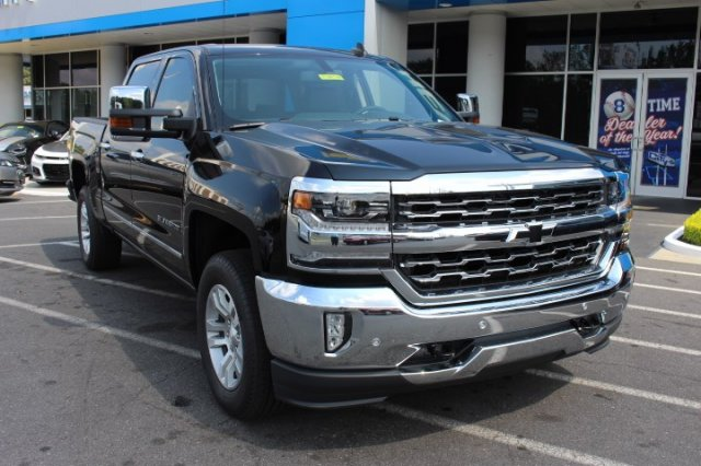 2018 Silverado 1500 Crew Cab 4x4,  Pickup #T480725 - photo 3