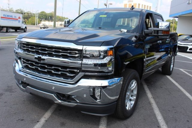 2018 Silverado 1500 Crew Cab 4x4,  Pickup #T480725 - photo 4