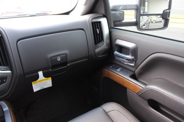 2018 Silverado 1500 Crew Cab 4x4,  Pickup #T480725 - photo 8