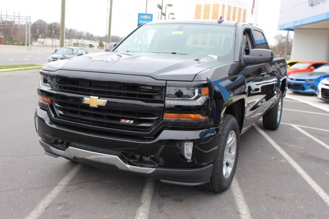 2018 Silverado 1500 Crew Cab 4x4,  Pickup #T643537 - photo 4