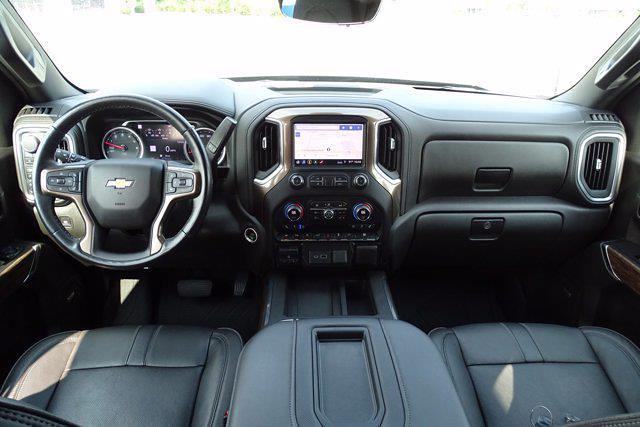 2019 Chevrolet Silverado 1500 Crew Cab 4x4, Pickup #XH15979A - photo 17