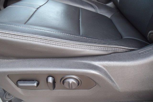 2019 Chevrolet Silverado 1500 Crew Cab 4x4, Pickup #XH15979A - photo 20