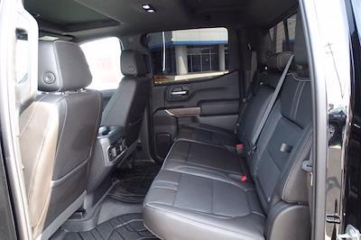 2019 Chevrolet Silverado 1500 Crew Cab 4x4, Pickup #XH15979A - photo 32