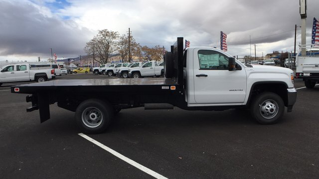 2017 Sierra 3500 Regular Cab DRW 4x4, Knapheide Value-Master X Platform Body #HF239529 - photo 4