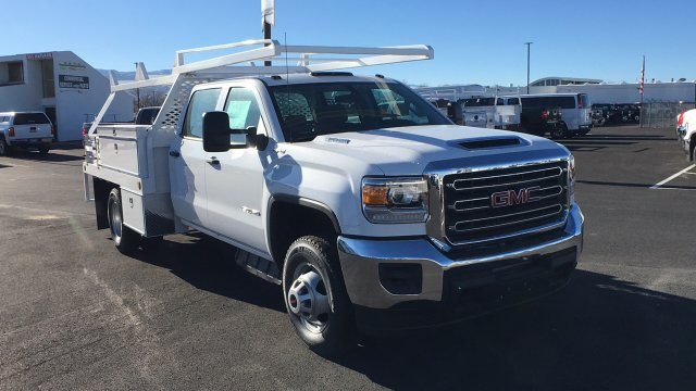 2017 Sierra 3500 Crew Cab DRW 4x4 Contractor Body #HF242874 - photo 3
