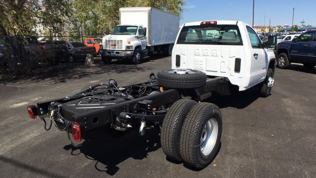 2018 Sierra 3500 Regular Cab 4x4, Cab Chassis #JF100390 - photo 5
