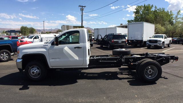 2018 Sierra 3500 Regular Cab 4x4, Cab Chassis #JF100390 - photo 7