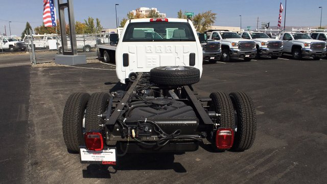 2018 Sierra 3500 Regular Cab DRW 4x4, Cab Chassis #JF101257 - photo 6