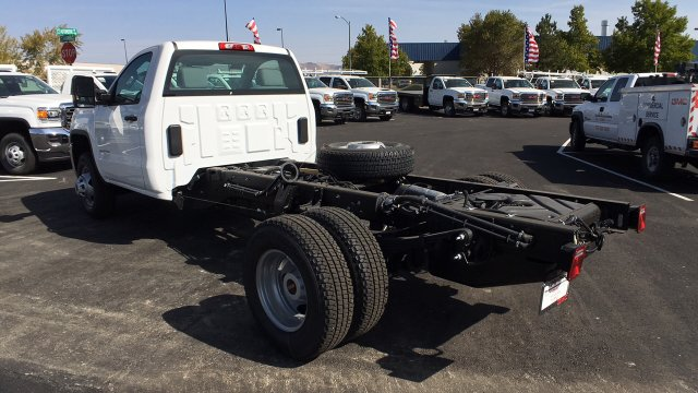 2018 Sierra 3500 Regular Cab DRW 4x4,  Cab Chassis #JF101257 - photo 2