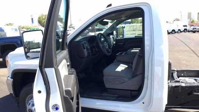 2018 Sierra 3500 Regular Cab 4x4, Cab Chassis #JF112621 - photo 22
