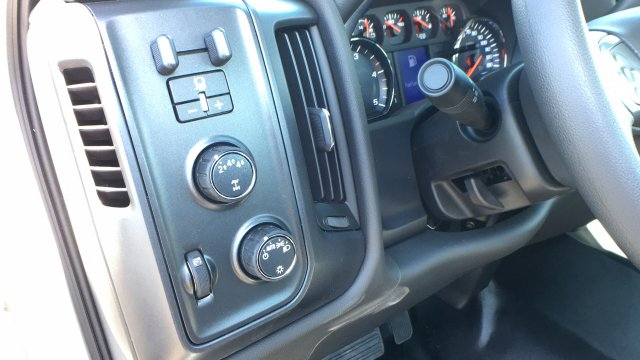 2018 Sierra 3500 Regular Cab DRW 4x4, Cab Chassis #JF142127 - photo 21