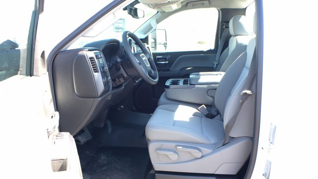 2018 Sierra 3500 Regular Cab DRW 4x4, Cab Chassis #JF142127 - photo 22