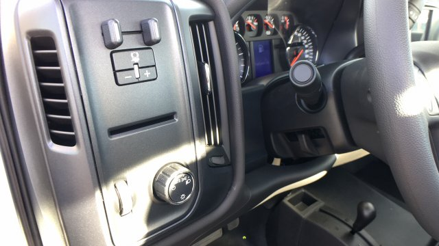 2018 Sierra 3500 Regular Cab DRW 4x4 Cab Chassis #JF142729 - photo 22