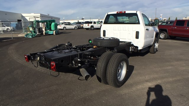2018 Sierra 3500 Regular Cab DRW 4x4 Cab Chassis #JF142729 - photo 4