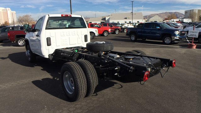 2018 Sierra 3500 Regular Cab DRW 4x4 Cab Chassis #JF142729 - photo 2