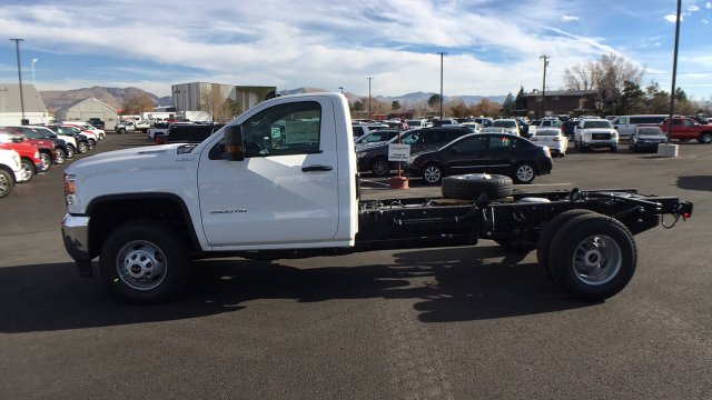 2018 Sierra 3500 Regular Cab DRW 4x4 Cab Chassis #JF142729 - photo 7