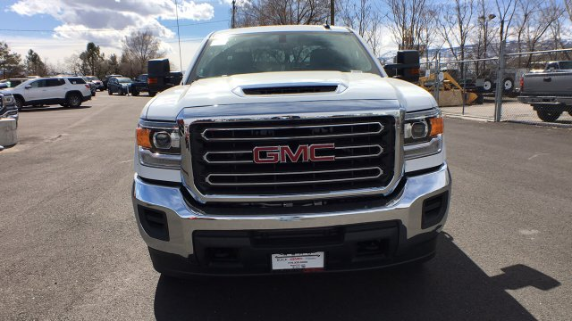 2018 Sierra 2500 Crew Cab 4x4,  Cab Chassis #JF213269 - photo 8