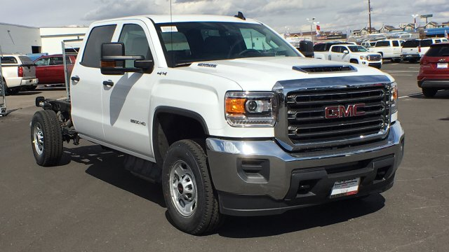 2018 Sierra 2500 Crew Cab 4x4,  Cab Chassis #JF213269 - photo 27