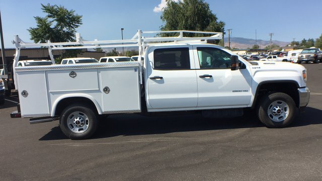 2018 Sierra 2500 Crew Cab 4x4,  Royal Service Body #JF227652 - photo 5