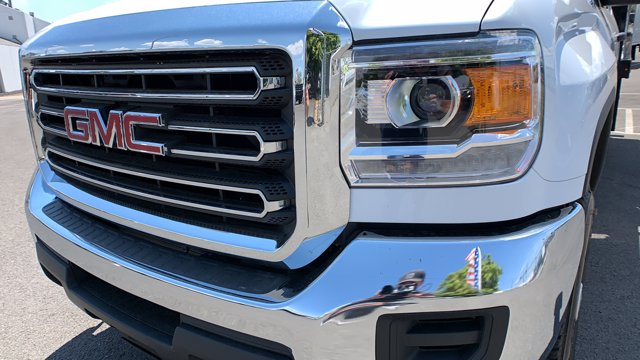 2019 GMC Sierra 2500 Double Cab 4x4, Harbor Stake Bed #K1232275 - photo 9