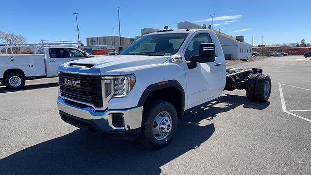 2021 GMC Sierra 3500 Regular Cab 4x2, Cab Chassis #MF155848 - photo 1