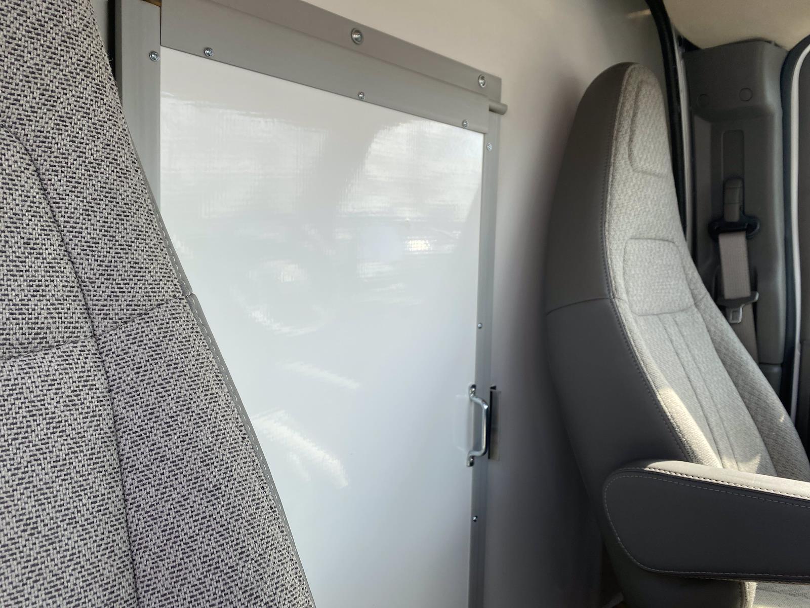 2021 Chevrolet Express 3500 4x2, Supreme Cutaway Van #1430R - photo 13