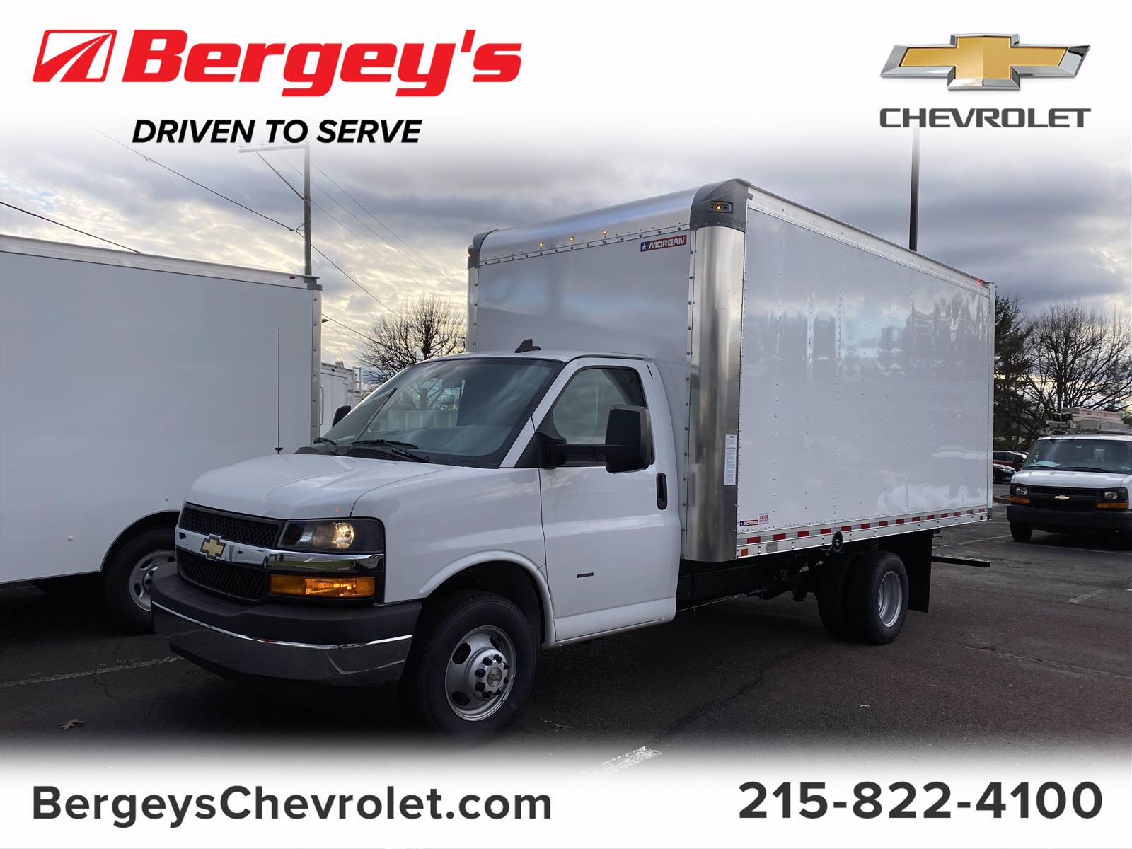 2020 Chevrolet Express 3500 4x2, Cutaway Van #2015Q - photo 1